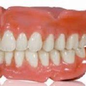 آیا میدانید دندان های مصنوعی از چه ساخته شده اند؟