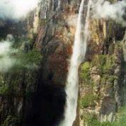 آیا میدانید ارتفاع بلندترین آبشار جهان چقدر است؟